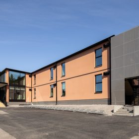 Riihikallion koulun uusi rakennus